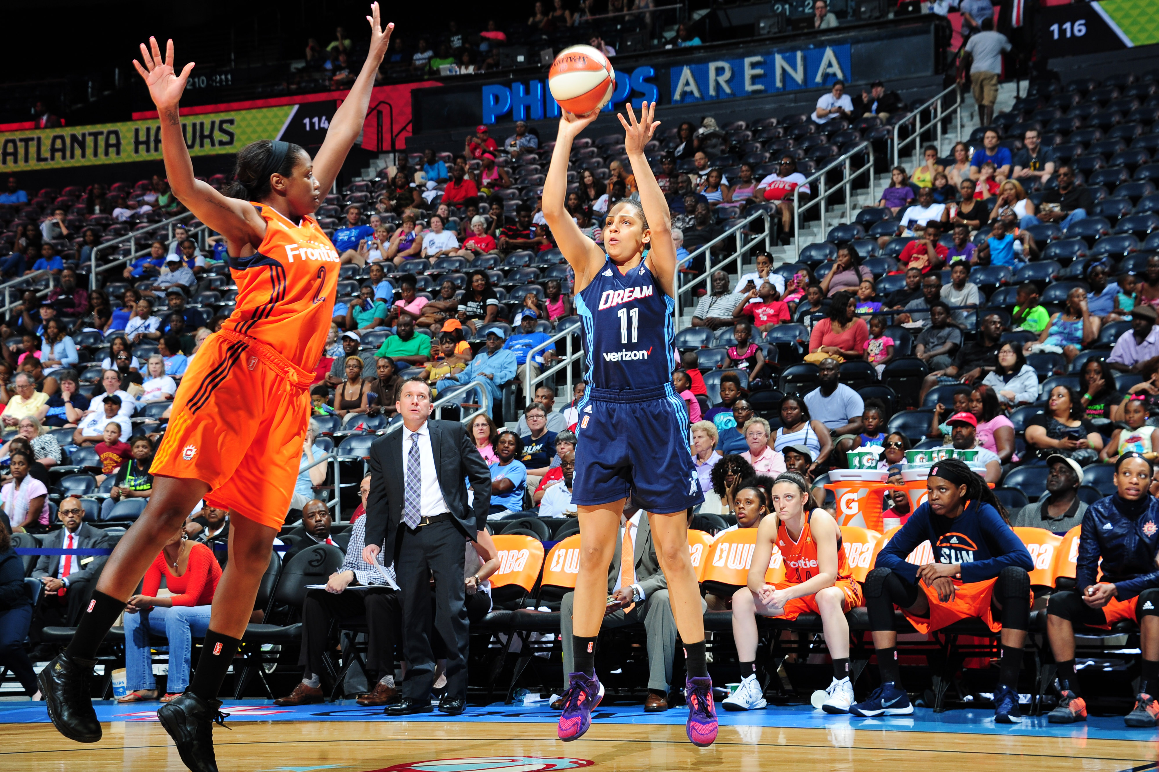 ATLANTA, GA - JUNE 12: Cierra Burdick #11 of the Atlanta Dream shoots against the Connecticut Sun during the game on June 12, 2016 at Philips Arena in Atlanta, Georgia. NOTE TO USER: User expressly acknowledges and agrees that, by downloading and or using this Photograph, user is consenting to the terms and conditions of the Getty Images License Agreement. Mandatory Copyright Notice: Copyright 2016 NBAE (Photo by Scott Cunningham/NBAE via Getty Images)