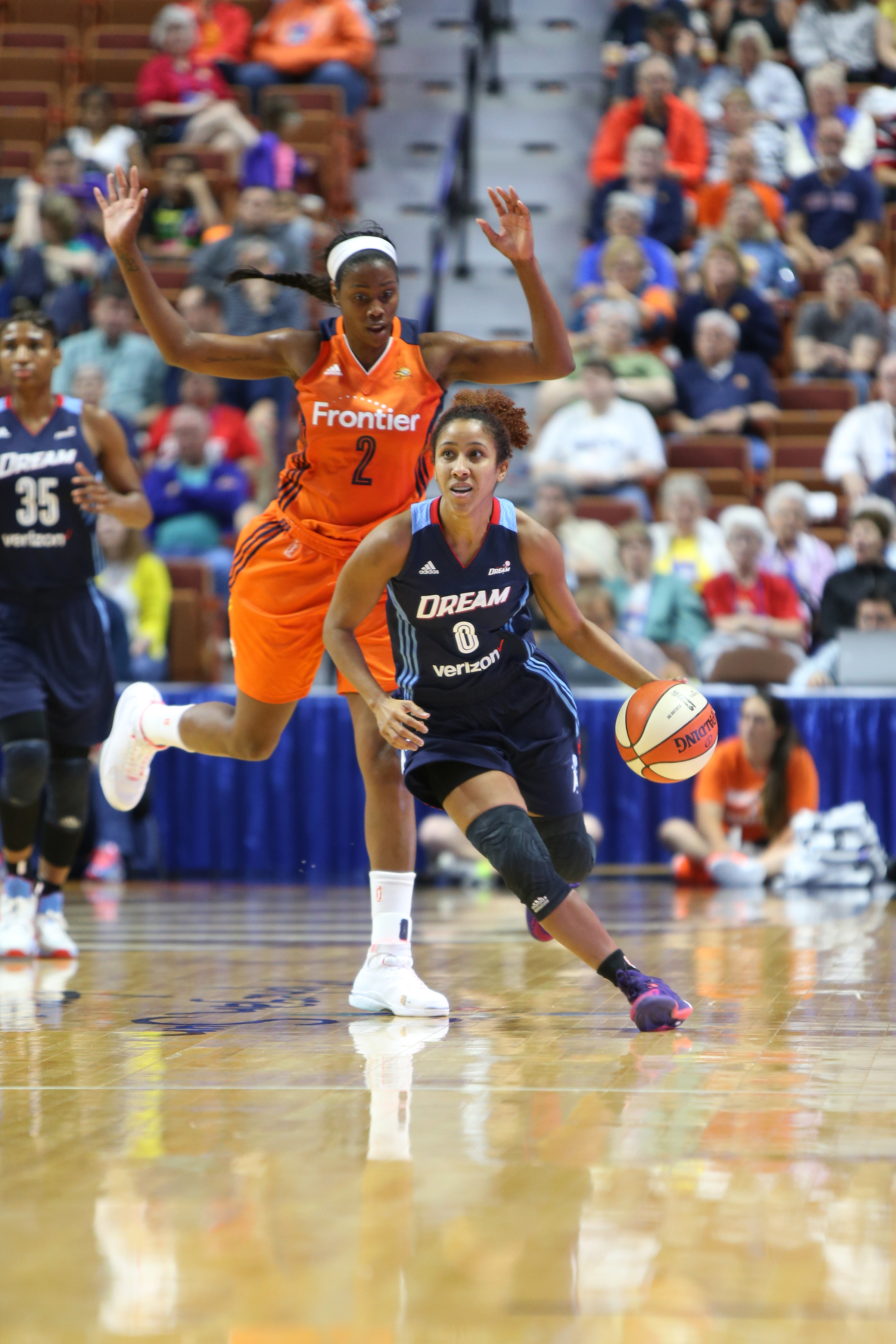 UNCASVILLE, CT - JUNE 3: Meighan Simmons #0 of the Atlanta Dream handles the ball against the Connecticut Sun on June 3, 2016 at Mohegan Sun Arena in Uncasville, CT. NOTE TO USER: User expressly acknowledges and agrees that, by downloading and or using this Photograph, user is consenting to the terms and conditions of the Getty Images License Agreement. Mandatory Copyright Notice: Copyright 2016 NBAE (Photo by Chris Marion/NBAE via Getty Images)
