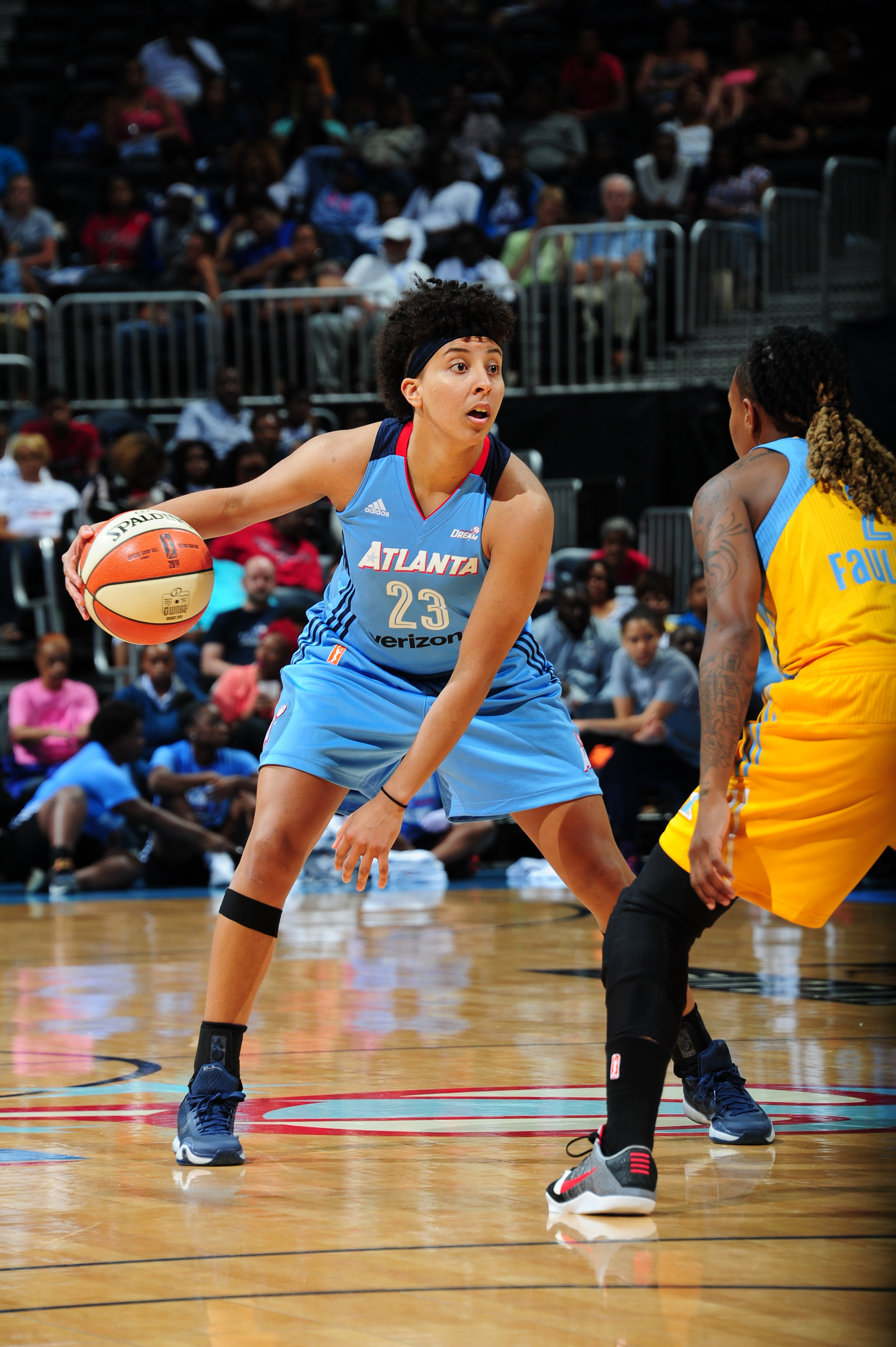 ATLANTA, GA - JUNE 17: Layshia Clarendon #23 of the Atlanta Dream handles the ball against the Chicago Sky on June 17, 2016 at Philips Arena in Atlanta, Georgia. NOTE TO USER: User expressly acknowledges and agrees that, by downloading and/or using this Photograph, user is consenting to the terms and conditions of the Getty Images License Agreement. Mandatory Copyright Notice: Copyright 2016 NBAE (Photo by Scott Cunningham/NBAE via Getty Images)