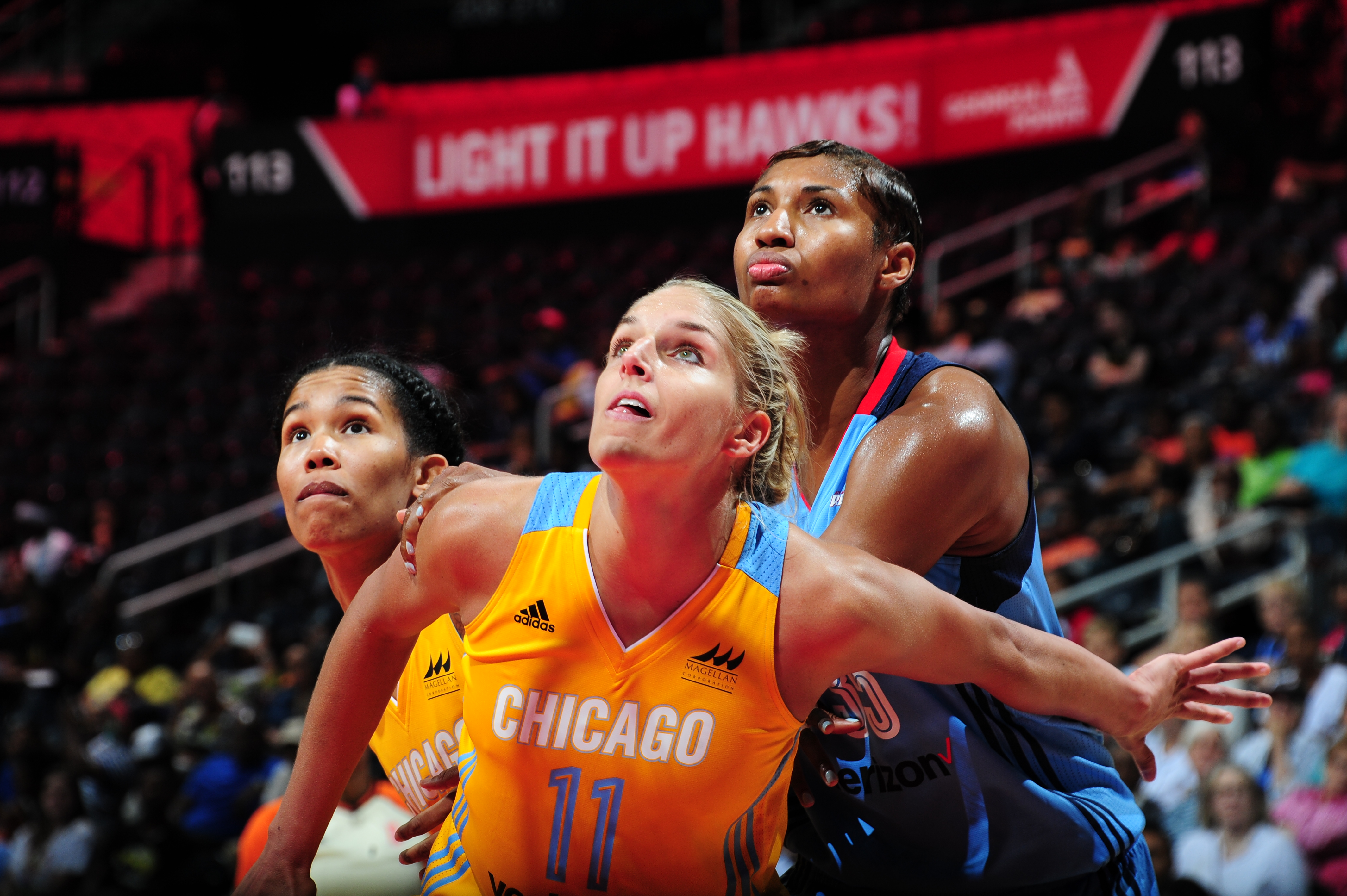 ATLANTA, GA - JUNE 17: Elena Delle Donne #11 of the Chicago Sky fights for position against Angel McCoughtry #35 of the Atlanta Dream on June 17, 2016 at Philips Arena in Atlanta, Georgia. NOTE TO USER: User expressly acknowledges and agrees that, by downloading and/or using this Photograph, user is consenting to the terms and conditions of the Getty Images License Agreement. Mandatory Copyright Notice: Copyright 2016 NBAE (Photo by Scott Cunningham/NBAE via Getty Images)