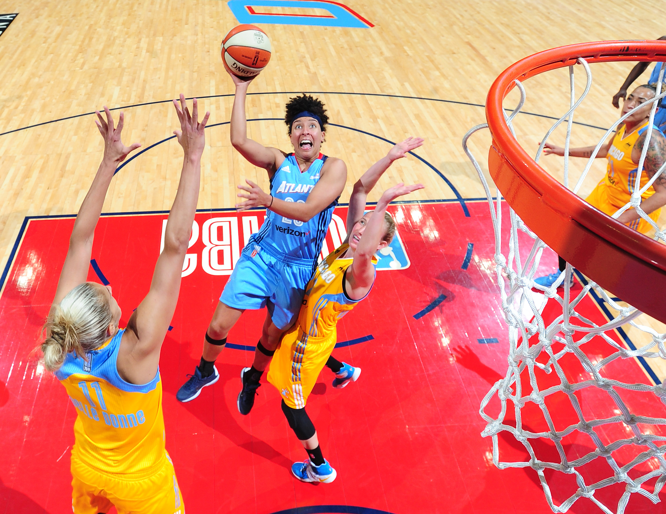 ATLANTA, GA - JUNE 17: Layshia Clarendon #23 of the Atlanta Dream goes to the basket against the Chicago Sky on June 17, 2016 at Philips Arena in Atlanta, Georgia. NOTE TO USER: User expressly acknowledges and agrees that, by downloading and/or using this Photograph, user is consenting to the terms and conditions of the Getty Images License Agreement. Mandatory Copyright Notice: Copyright 2016 NBAE (Photo by Scott Cunningham/NBAE via Getty Images)