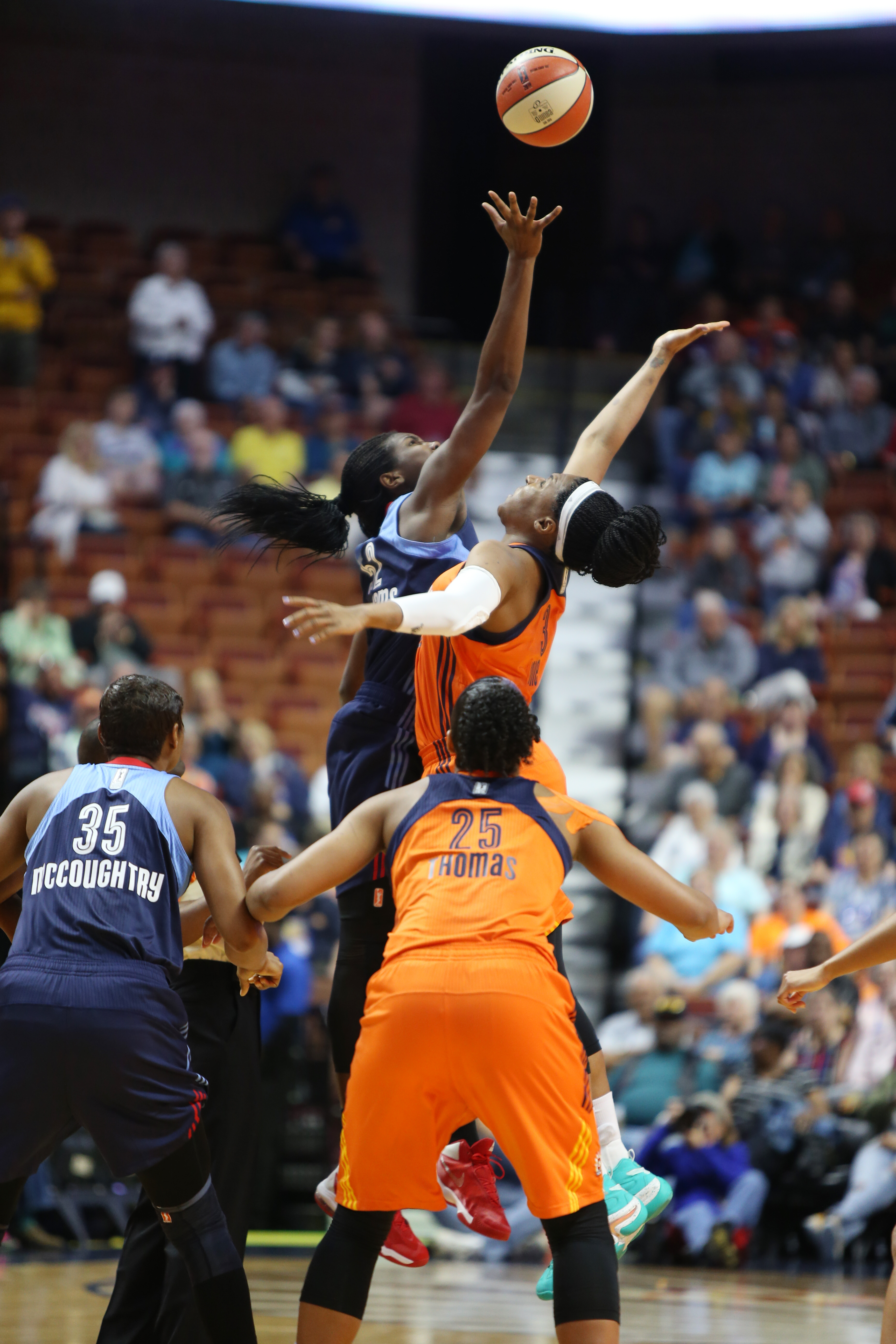 UNCASVILLE, CT - JUNE 3: The opening tip off between the Atlanta Dream and the Connecticut Sun on June 3, 2016 at Mohegan Sun Arena in Uncasville, CT. NOTE TO USER: User expressly acknowledges and agrees that, by downloading and or using this Photograph, user is consenting to the terms and conditions of the Getty Images License Agreement. Mandatory Copyright Notice: Copyright 2016 NBAE (Photo by Chris Marion/NBAE via Getty Images)