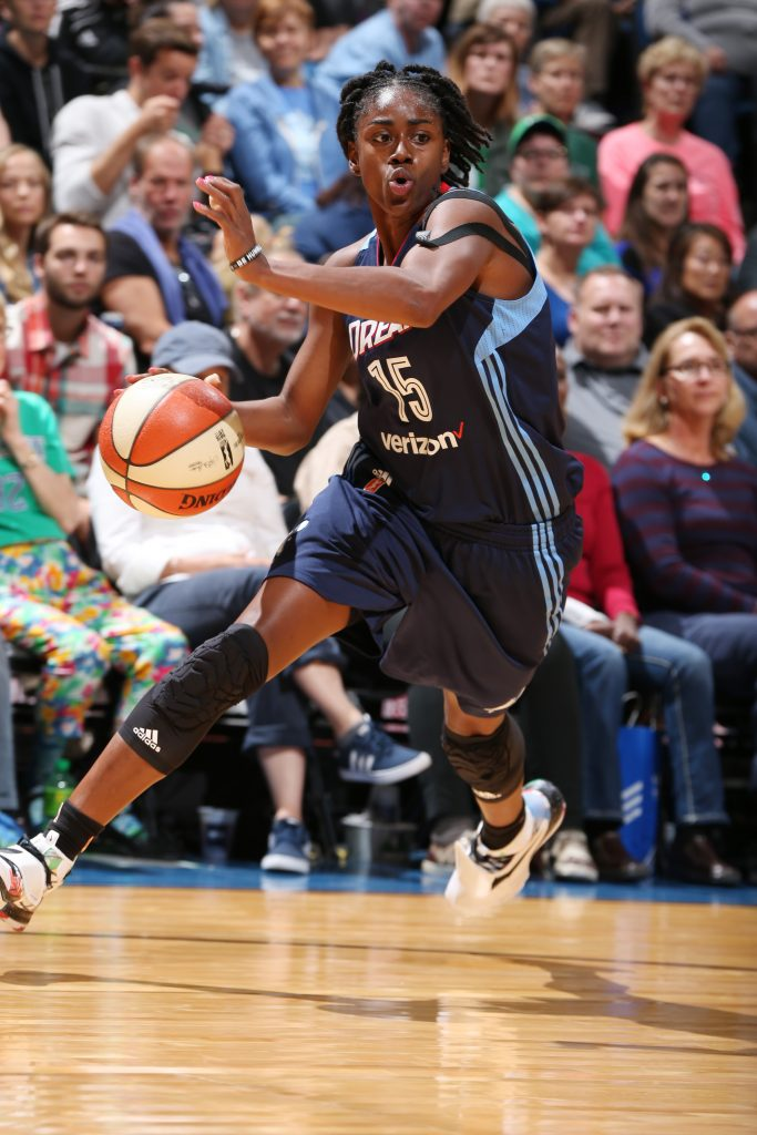 MINNEAPOLIS, MN - SEPTEMBER 17: Tiffany Hayes #15 of the Atlanta Dream drives to the basket against the Minnesota Lynx on September 17, 2016 at Target Center in Minneapolis, Minnesota. NOTE TO USER: User expressly acknowledges and agrees that, by downloading and or using this Photograph, user is consenting to the terms and conditions of the Getty Images License Agreement. Mandatory Copyright Notice: Copyright 2016 NBAE (Photo by David Sherman/NBAE via Getty Images)
