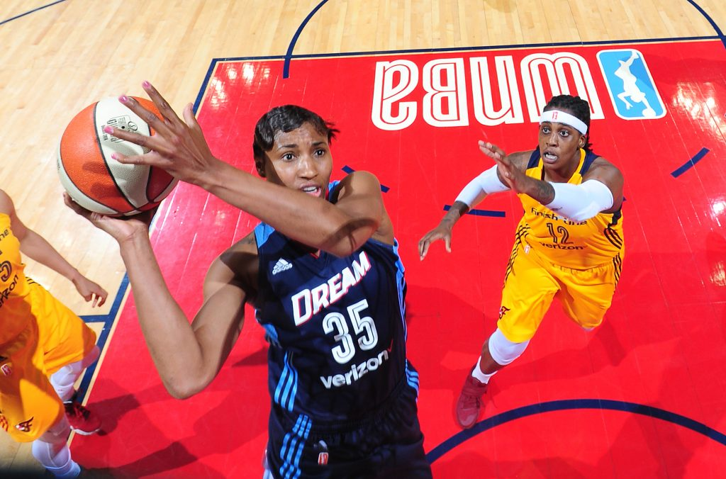 ATLANTA, GA - MAY 29: Angel McCoughtry #35 of the Atlanta Dream shoots the ball against the Indiana Fever on May 29, 2016 at Philips Arena in Atlanta, Georgia. NOTE TO USER: User expressly acknowledges and agrees that, by downloading and/or using this Photograph, user is consenting to the terms and conditions of the Getty Images License Agreement. Mandatory Copyright Notice: Copyright 2016 NBAE (Photo by Scott Cunningham/NBAE via Getty Images)