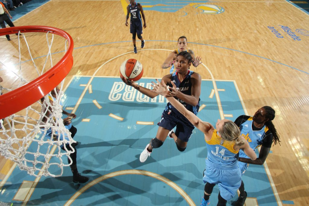 ROSEMONT, IL - SEPTEMBER 25: Angel McCoughtry #35 of the Atlanta Dream shoots a lay up against the Chicago Sky during Round Two of the 2016 WNBA Playoffs on September 25, 2016 at Allstate Arena in Rosemont, IL. NOTE TO USER: User expressly acknowledges and agrees that, by downloading and or using this photograph, User is consenting to the terms and conditions of the Getty Images License Agreement. Mandatory Copyright Notice: Copyright 2016 NBAE (Photo by Gary Dineen/NBAE via Getty Images)