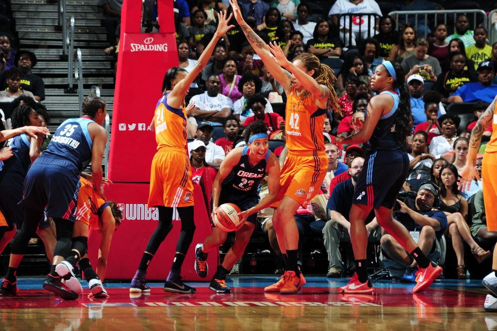 ATLANTA, GA - JULY 3: Layshia Clarendon #23 of the Atlanta Dream handles the ball against the Phoenix Mercury on July 3, 2016 at Philips Arena in Atlanta, Georgia. NOTE TO USER: User expressly acknowledges and agrees that, by downloading and/or using this Photograph, user is consenting to the terms and conditions of the Getty Images License Agreement. Mandatory Copyright Notice: Copyright 2016 NBAE (Photo by Scott Cunningham/NBAE via Getty Images)